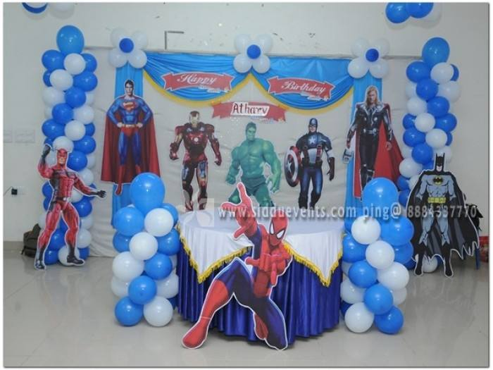 When looking for Superhero party ideas, go simple