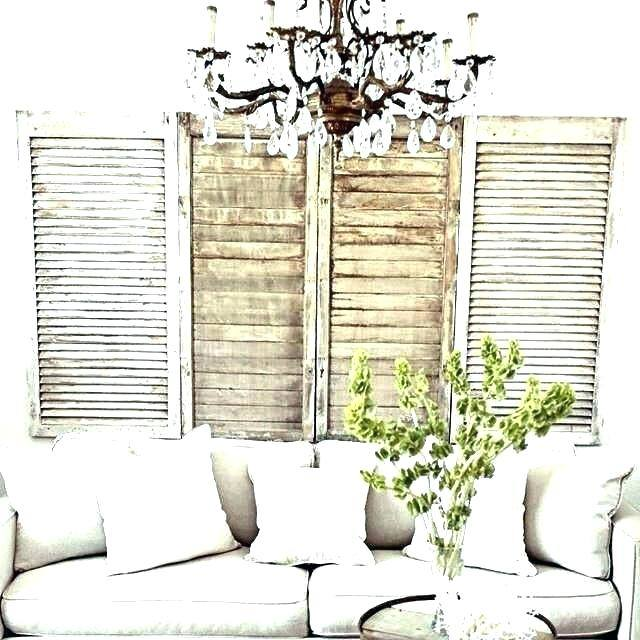 decorating  with old shutters