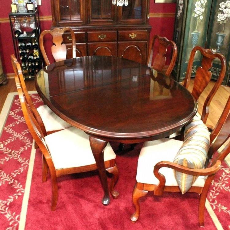 Broyhill Attic Heirlooms Dining Table Dining Room Chairs Vintage Saga  Walnut Dining Table Six Chairs Mid Century Modern Attic Heirlooms Dining  Table And