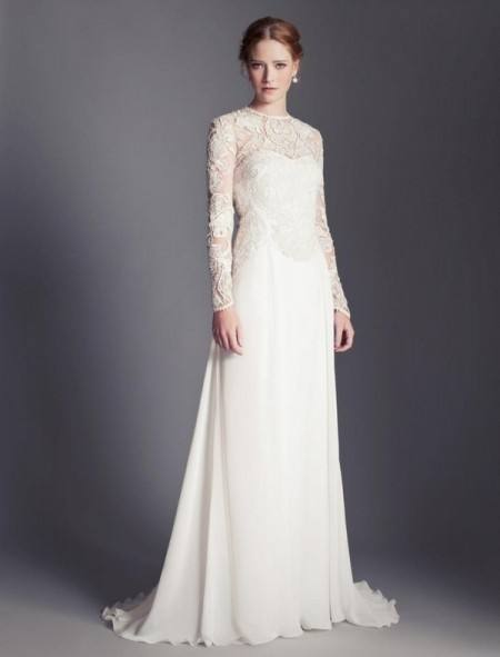 This is a stunning second hand wedding dress, which is the Bluebell from  Temperley London which currently retails between £4850 and £5250