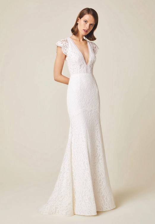 Gorgeous dress with straps and a high neck lace back