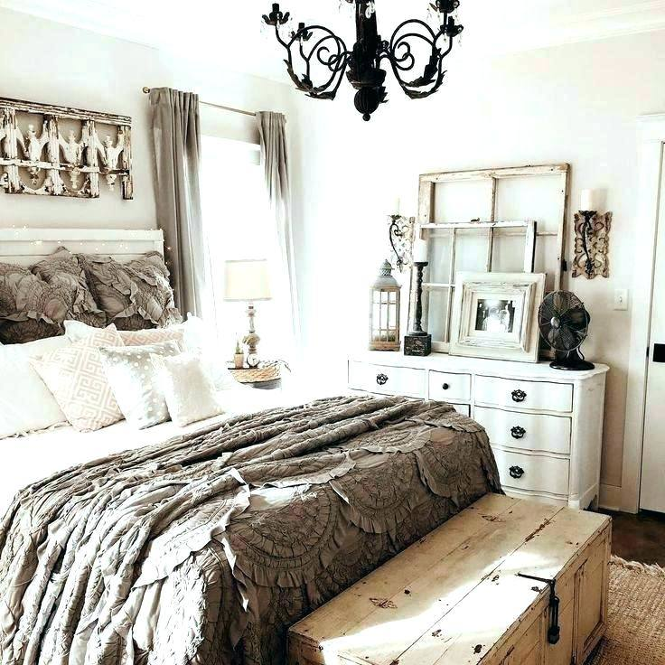 Treat your bedroom to a makeover and give it a new look for the New Year