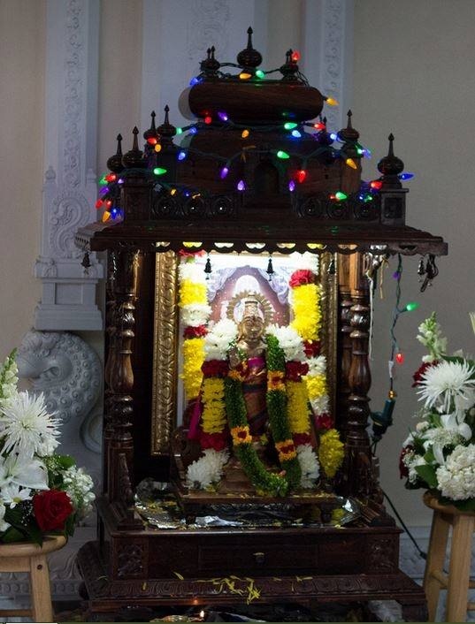 Full Size of Big Wooden Pooja Mandir Designs For Home Online In Wood  Archives Room And