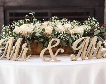 Back To 24  Beautiful Wedding Sweetheart Table Decorations