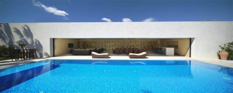 Daily rate 150 Euro, Weekly rental 900 Euro, Monthly rental 2500 Euro ,  also for Long term rental when asking for that Luxurious stunning Nubian  design Nile