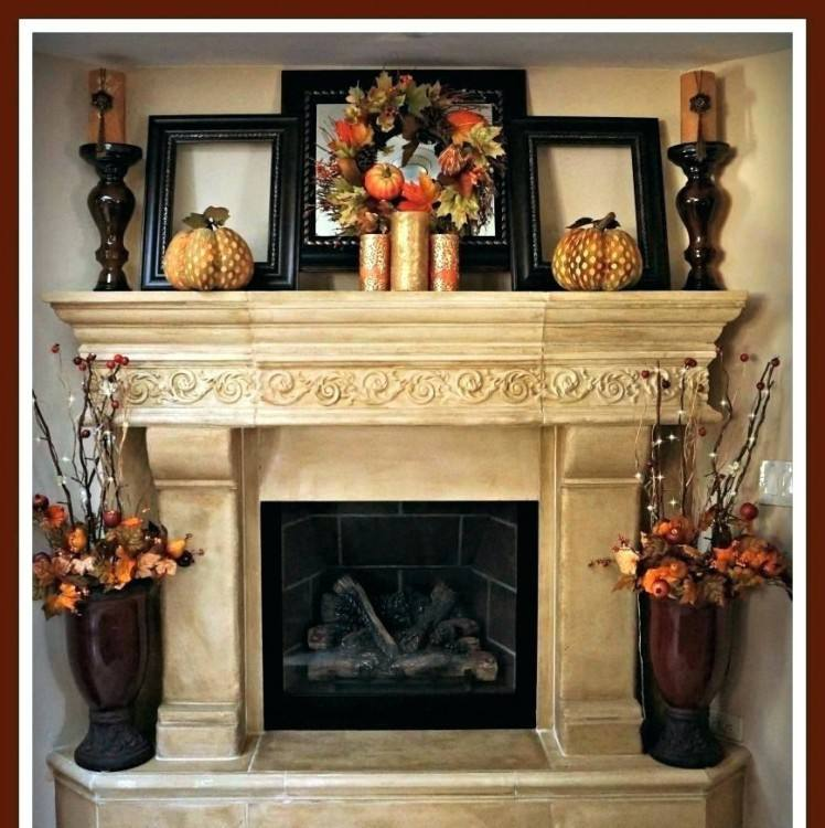 Full Size of Fireplaces & Accesories:gorgeous Fireplace Mantel Christmas Decoration  Ideas Fireplace Christmas Mantel