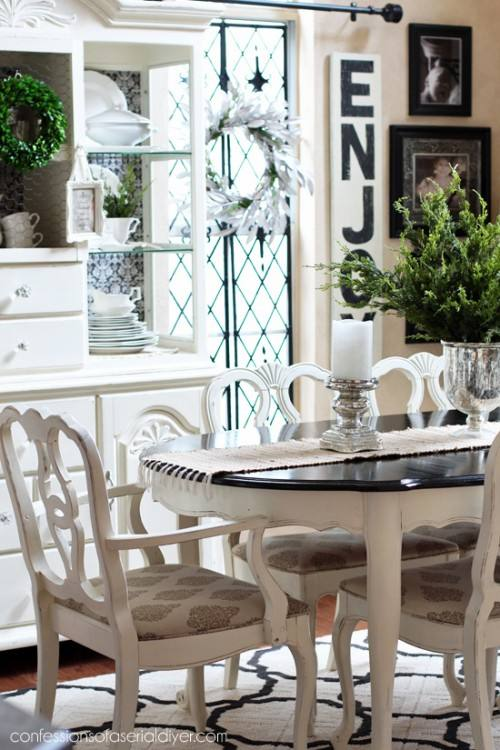 Dining table with Cesca Chairs
