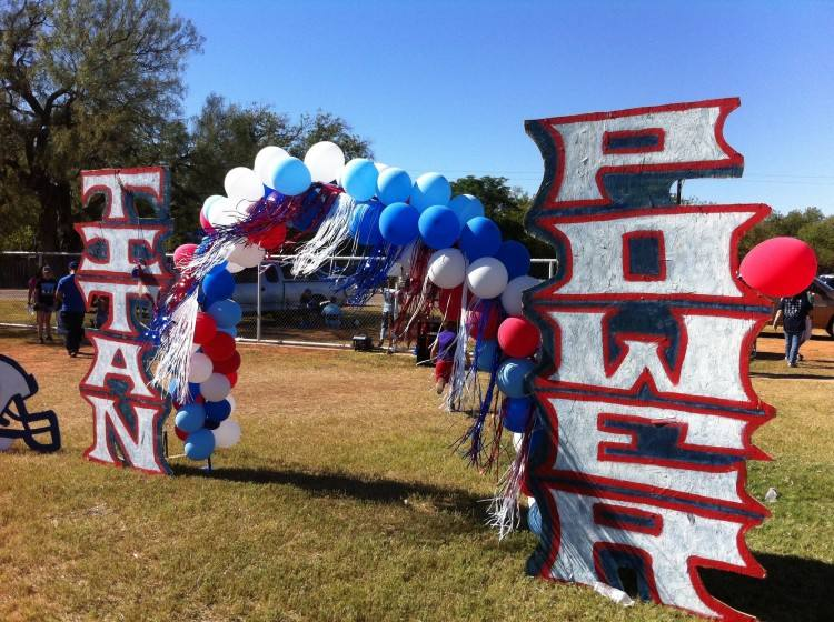 Ideas for a fun, cheap, or free FOOTBALL party! Superbowl, Homecoming,  college rivalry…ideas to go around