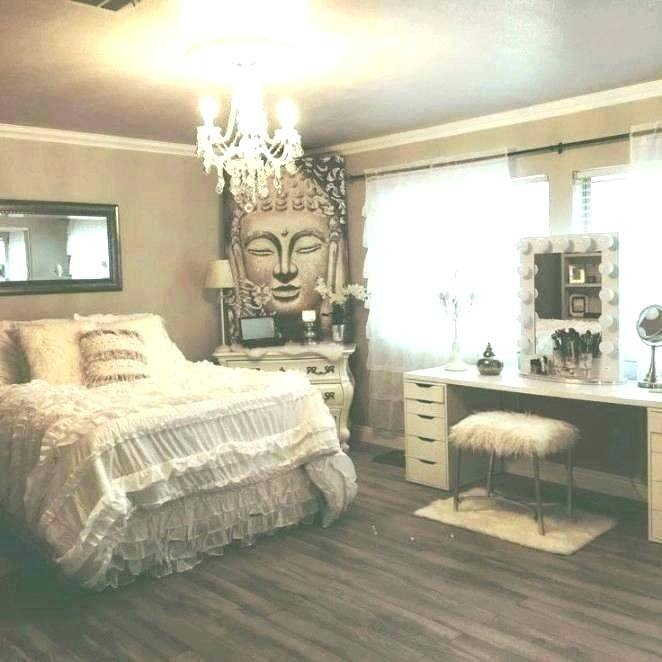 rectangle bedroom decorating ideas