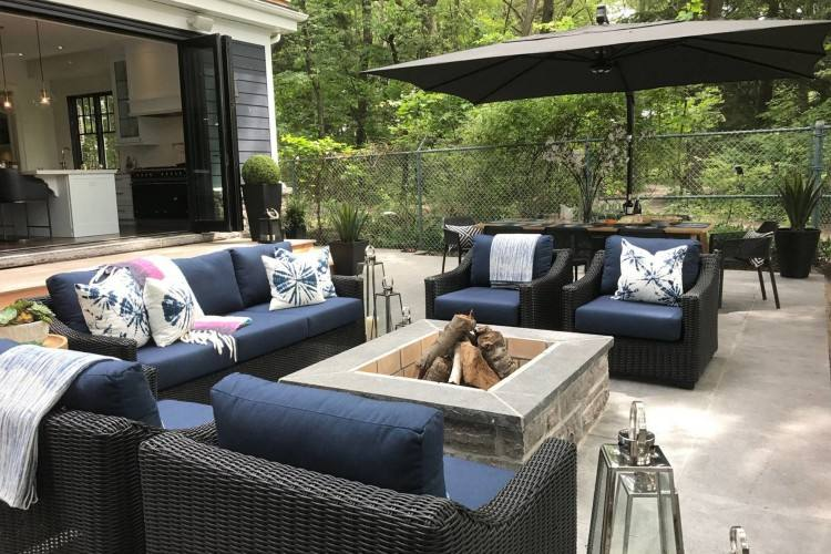 Nowadays, we're willing to invest as much in making our outdoor spaces as  elegant and comfortable as any other area of our homes, and outdoor  furniture