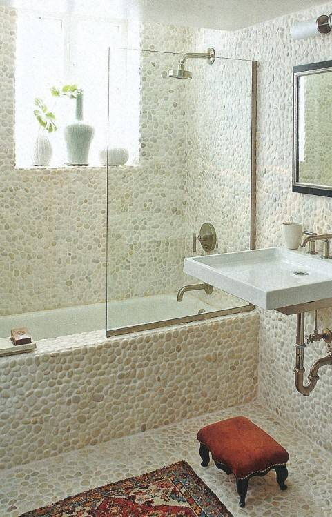 Prior to getting down to business, check out our general tips section, as  well as some more concrete ideas for creative remodelling of your bathroom