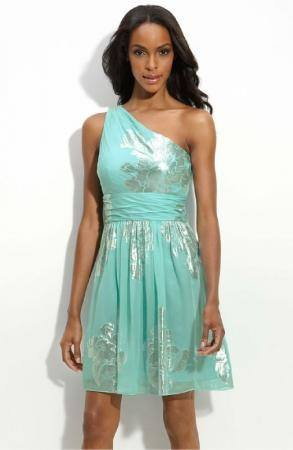 Also bridesmaid dresses, formal gowns, prom and special occasion dress designers around the world! Eliza J