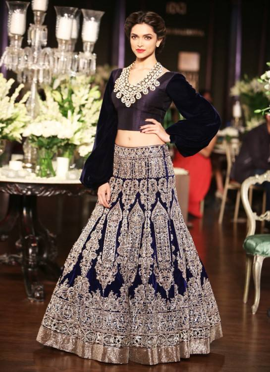 Beautiful Indian Inspired Dresses for Wedding Guest Of 15 Best Images About  Anju Modi S Manikarnika