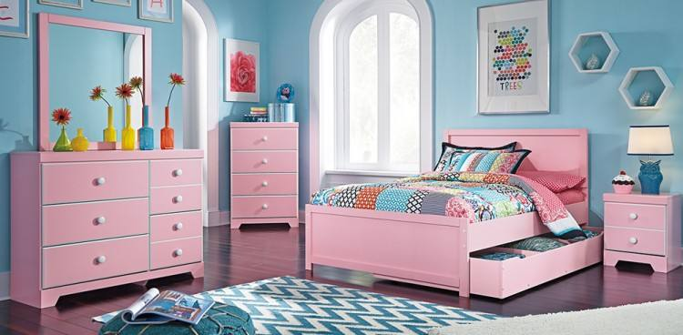 Give your little guys and gals the bedroom set of their dreams! Choose from  bunk beds, kids' dressers, chests and kids' chairs