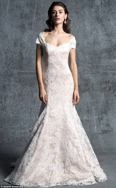 Wedding Dresses from Scratch; Wedding Dress