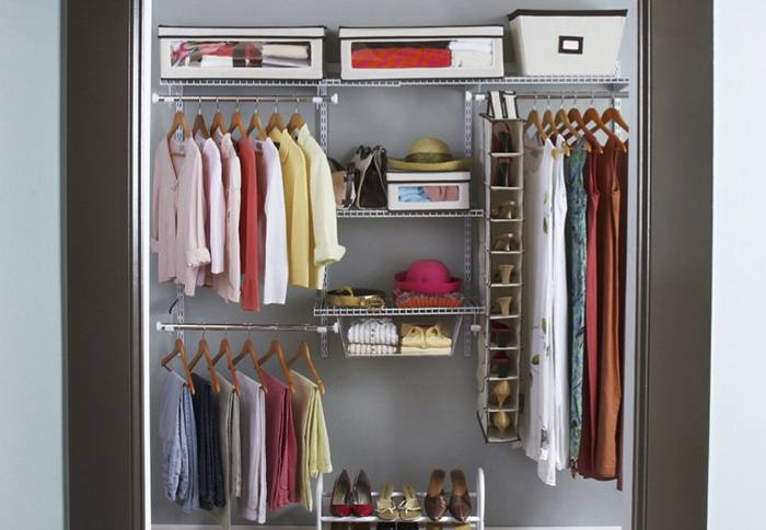 Add custom DIY shelving to your builder basic closet