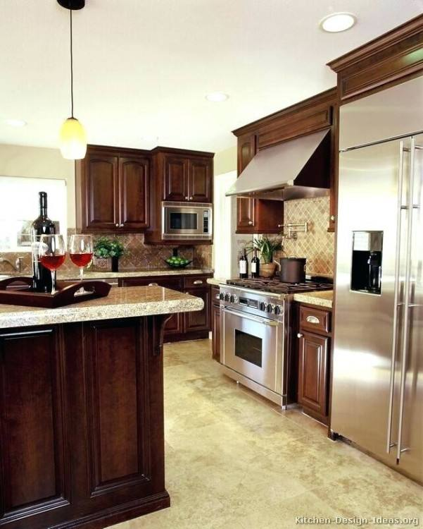 kitchens with cherry