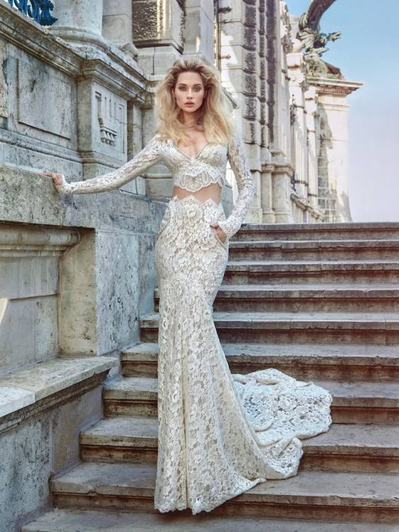 We specialized in produced wedding dresses,special occasion dresses and so  on, standard size, plus size,we offer custom made styles, just offer your