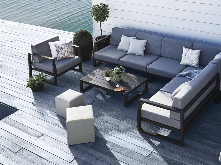 beautiful outdoor furniture