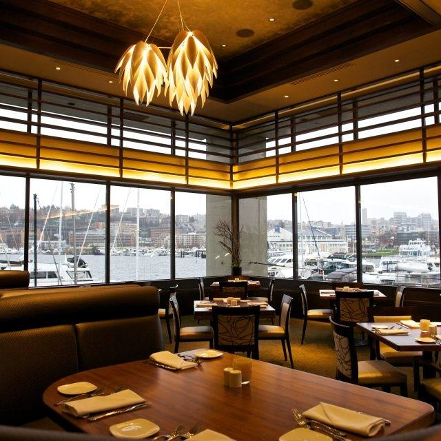 McCormick and Schmick's Seafood Restaurant Bellevue, WA banquets and  corporate events