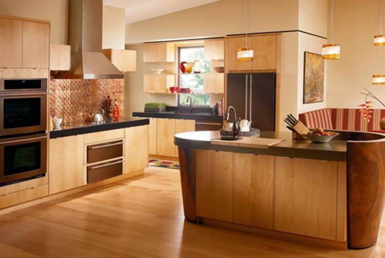 kitchen colors with maple cabinets