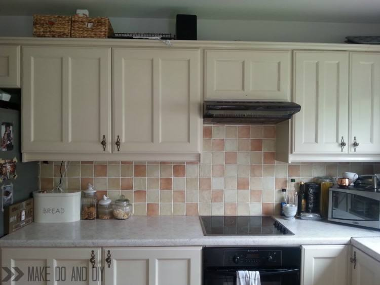 painted kitchen backsplash  designs