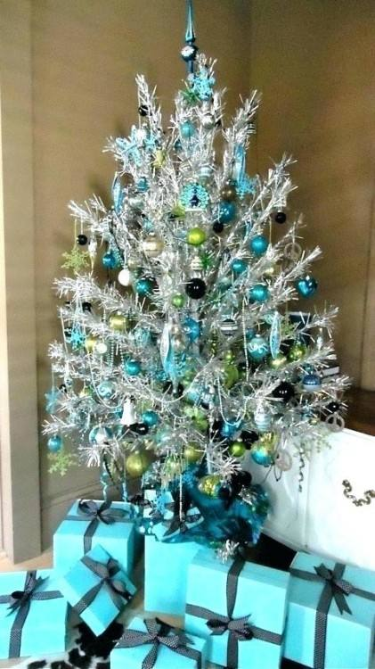 blue and silver christmas tree decorations ideas credit image images of trees  decorated in blue silver