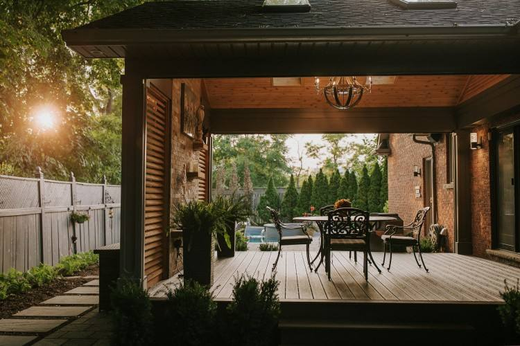 beautiful outdoor living spaces |
