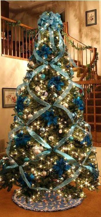 blue and gold christmas tree love this gold tree with a touch of blue looks  great