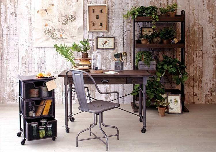 An office full of indoor plants provide a calming work enviroment